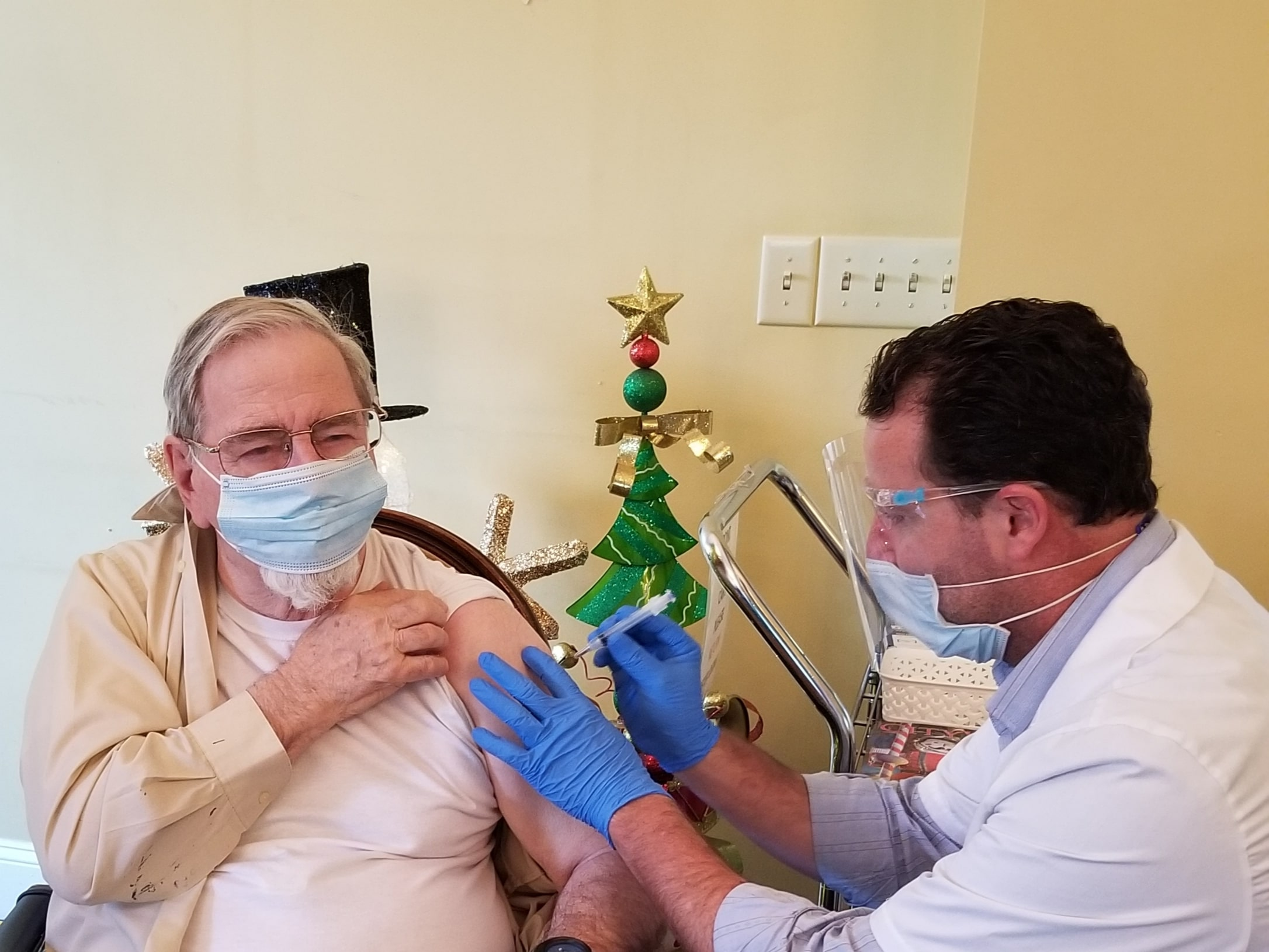 First Residents At The Carolina Inn Receive COVID-19 Vaccine